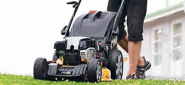 Heavy Duty Pedestrian Mowers From Toro